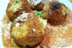 Fried Mac 'n Cheese Balls