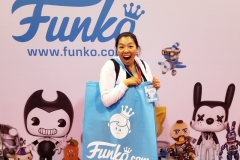 Historic Day! First time ever shopping at the Funko booth at a Convention!
