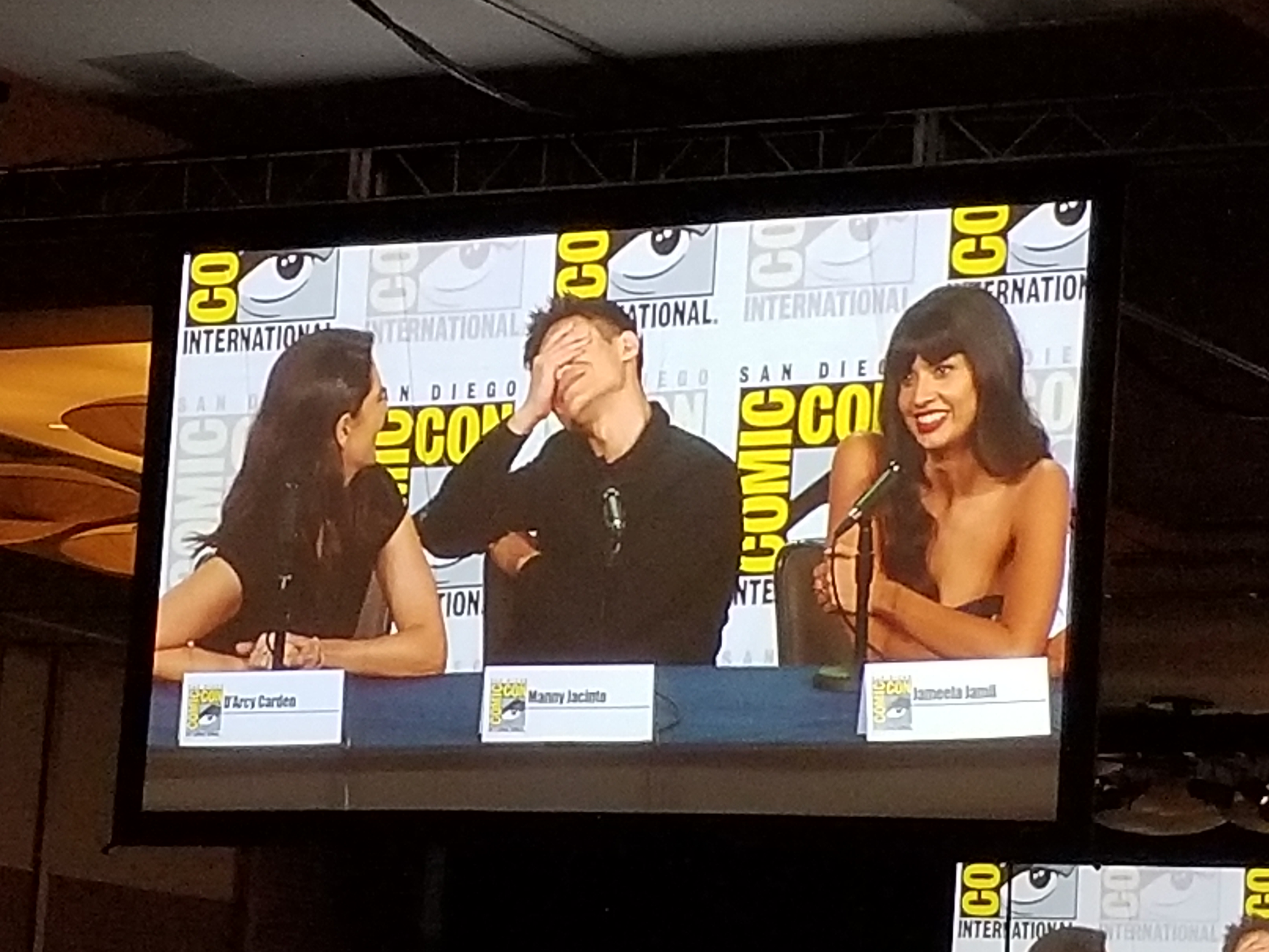 Manny Jacinto knows he's in trouble with D'arcy and Jameela!