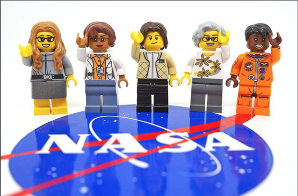 news 030217 women of nasa lego